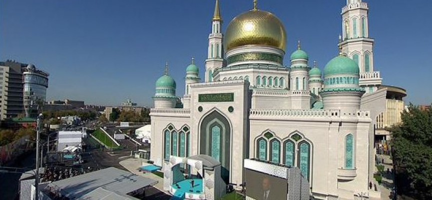 Moscow-Cathedral-Mosque-864x400_c