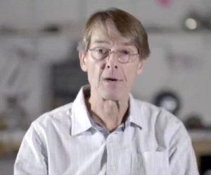 Dr. Michael Yeadon, ancien vice-président de Pfizer et chef de la recherche sur les maladies respiratoires et les allergies
